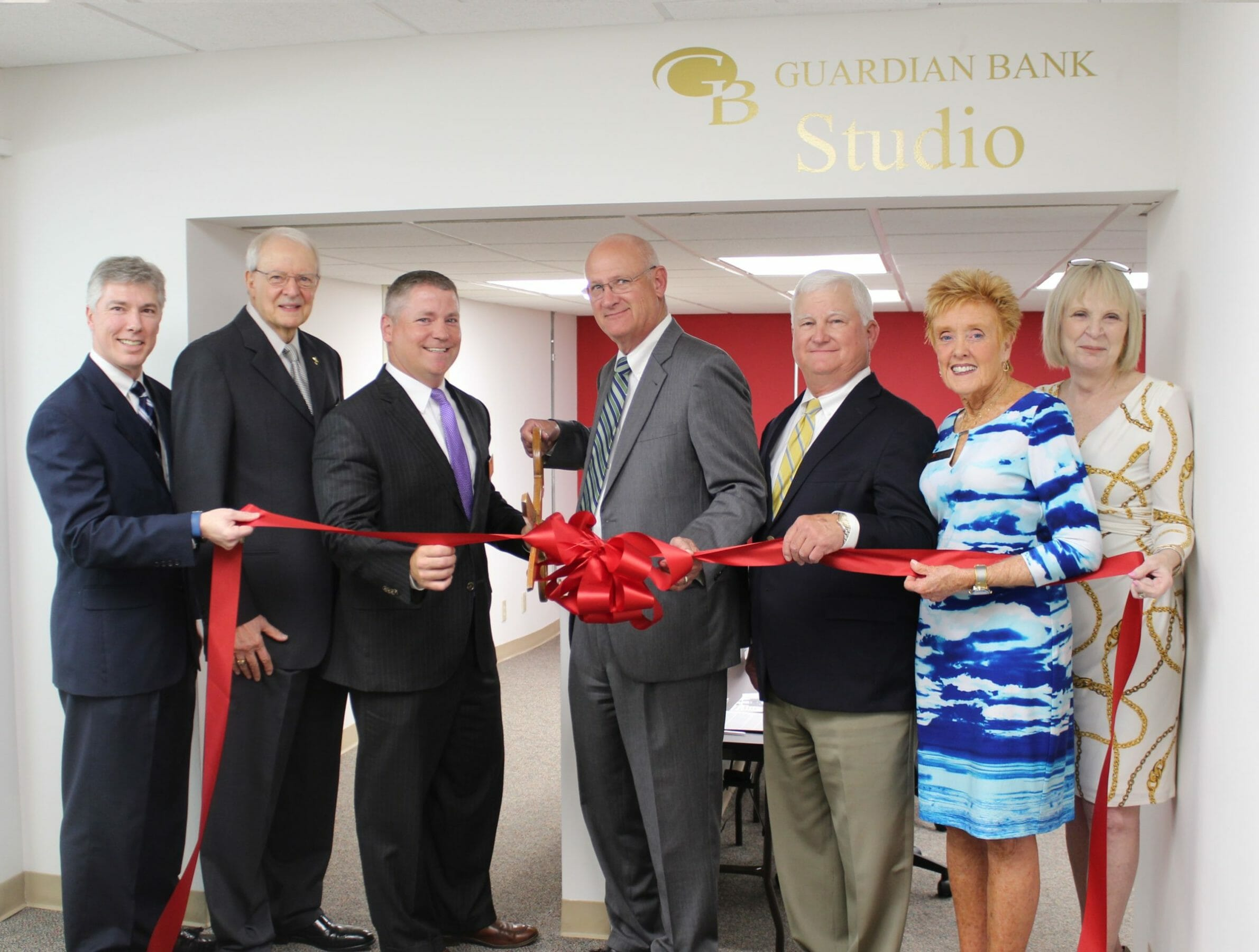 Turner Center Cuts Ribbon on Guardian Bank Studio